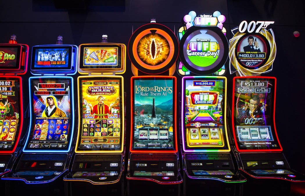 How to register for an online slot casino?